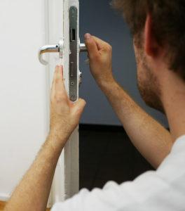 Ouverture de porte et remplacement de serrure à Paris